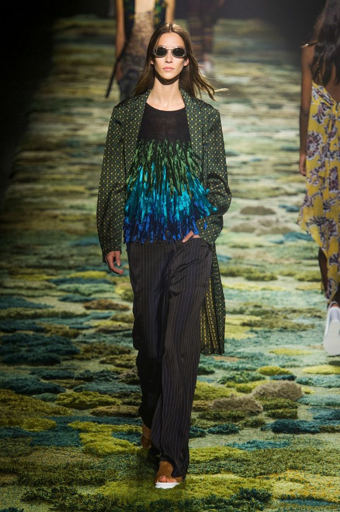 Fashion-Week-Paris-Dries-Van-Noten-Spring-2015-05.jpg