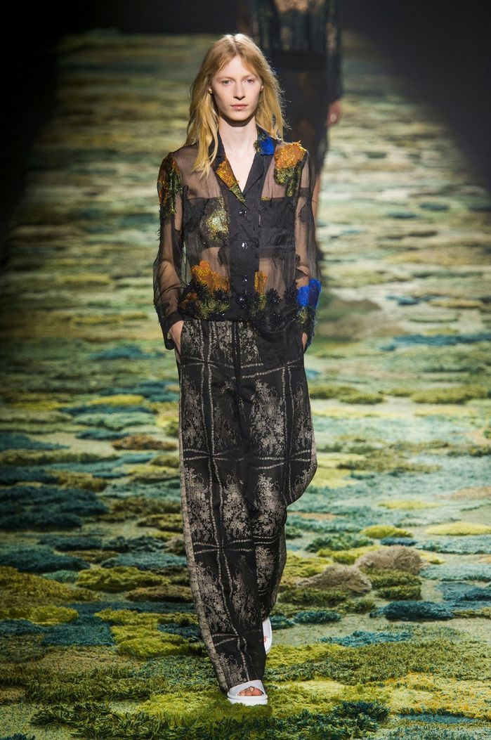 Fashion-Week-Paris-Dries-Van-Noten-Spring-2015-06.jpg