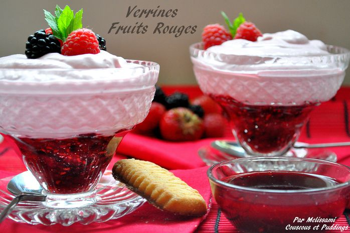 verrines fruits rouge, yaourt a la grecque
