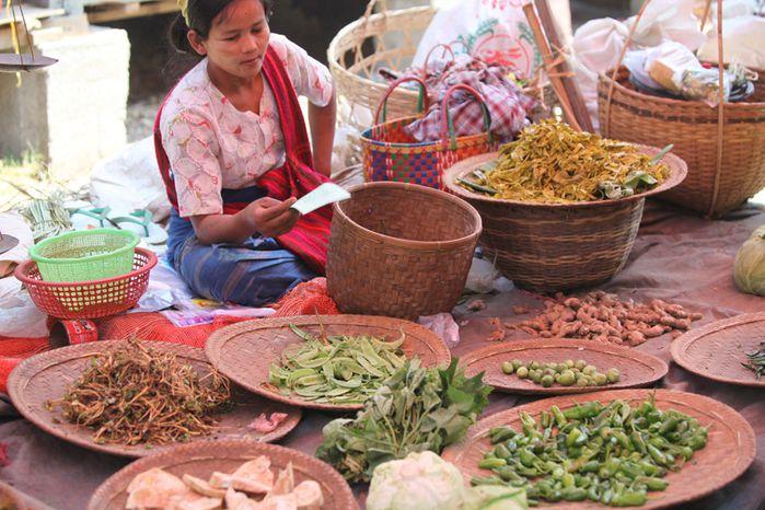 marche-aux-legumes-en-Birmanie.jpg