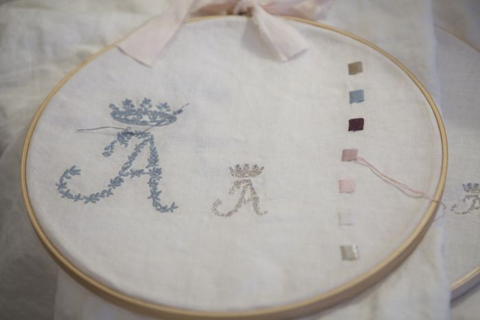 broderie couronne