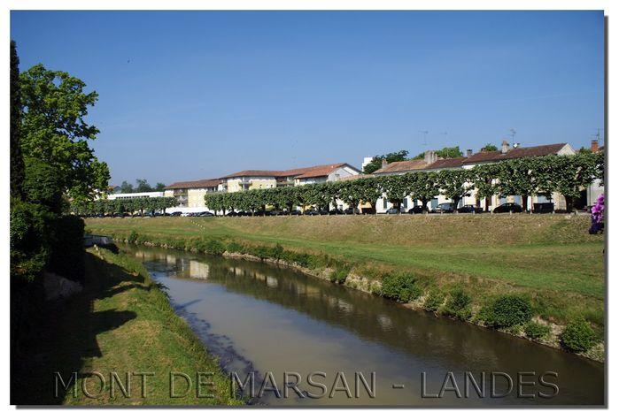 BERGE-DE-LA-MIDOUZE-COT2-PISCINE.jpg