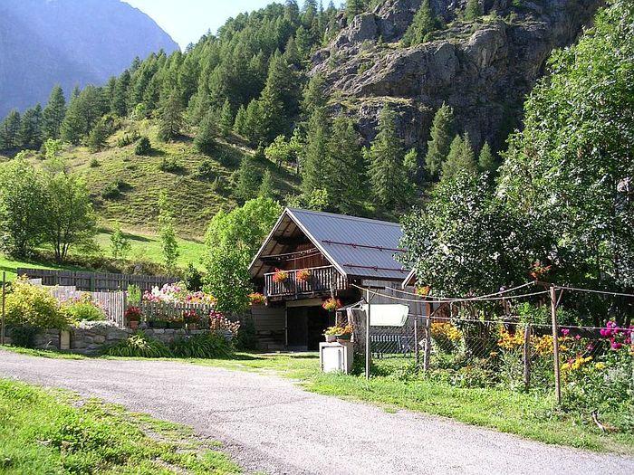 le-hameau-des-Beaumes.jpg