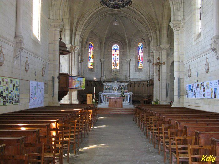 Pays-de-Loire Vendee eglise-ND-de-Monts 003
