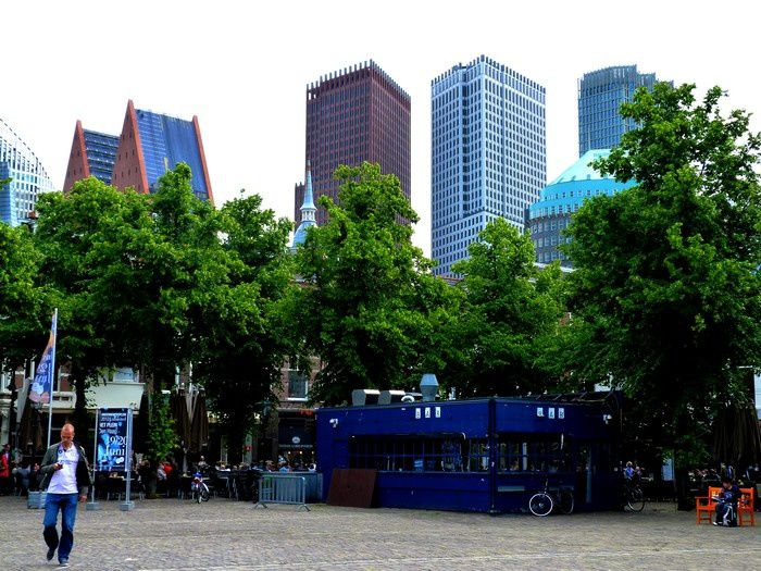 den haag square and skyline