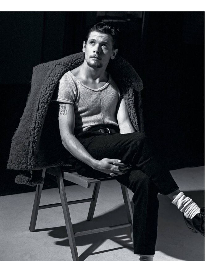 Jack-O-Connell--photographed-by-Bruce-Weber-for-T--08.jpg