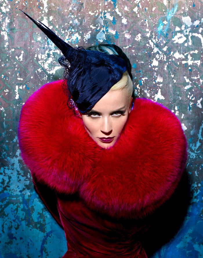 Daphne-Guinness-by-Markus---Indrani-for-Muse-Magazine-1.jpg