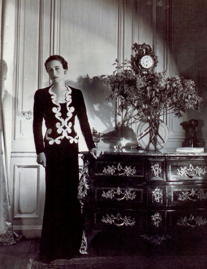 Mrs.-Simpson-was-photographed-by-Cecil-Beaton.-wearing-the-.jpg