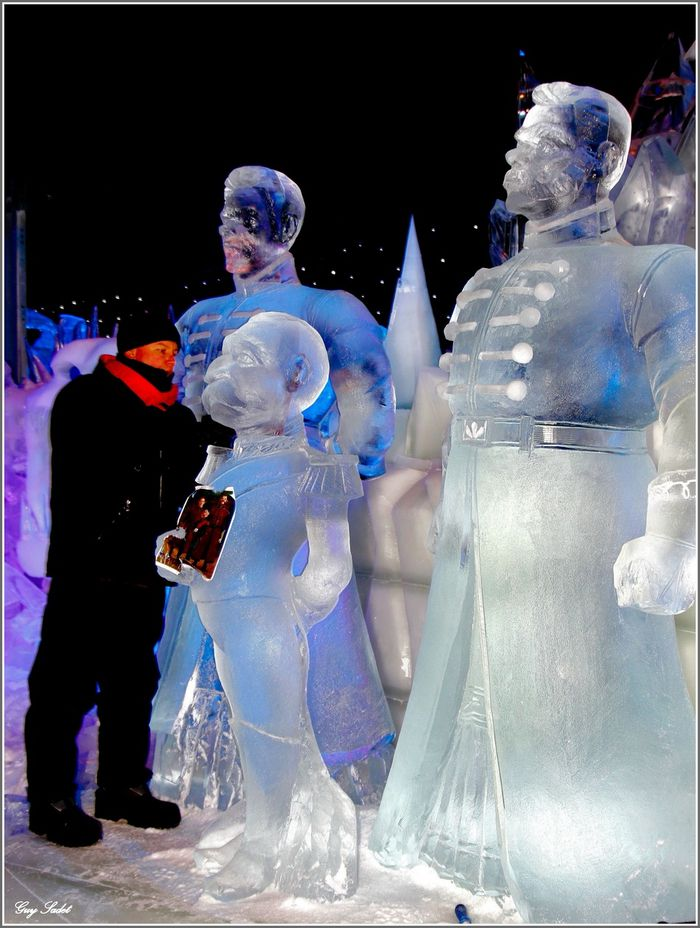 SCULPTEURS FROZEN 13