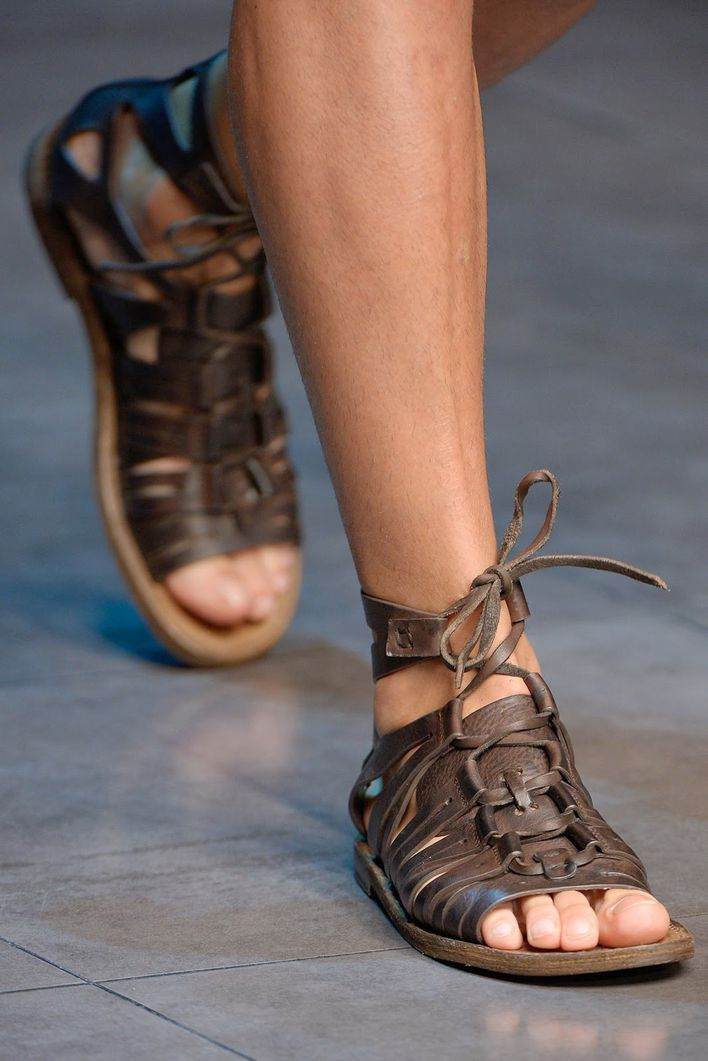 Sandales-Dolce---Gabbana-21.JPG