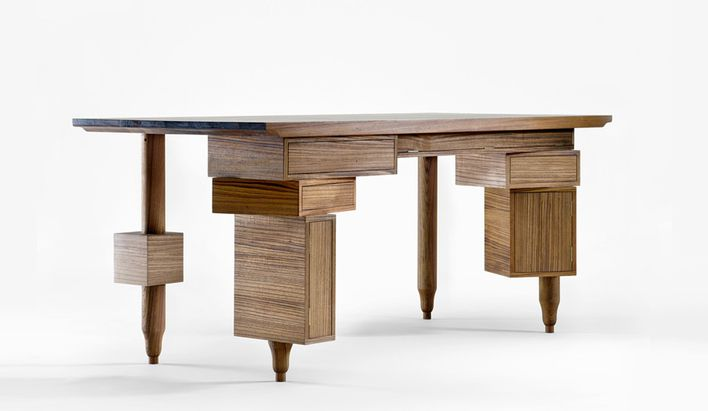Le-bureau-de-Paolo-teak-table--limited-edition-of-8-pieces-.jpg