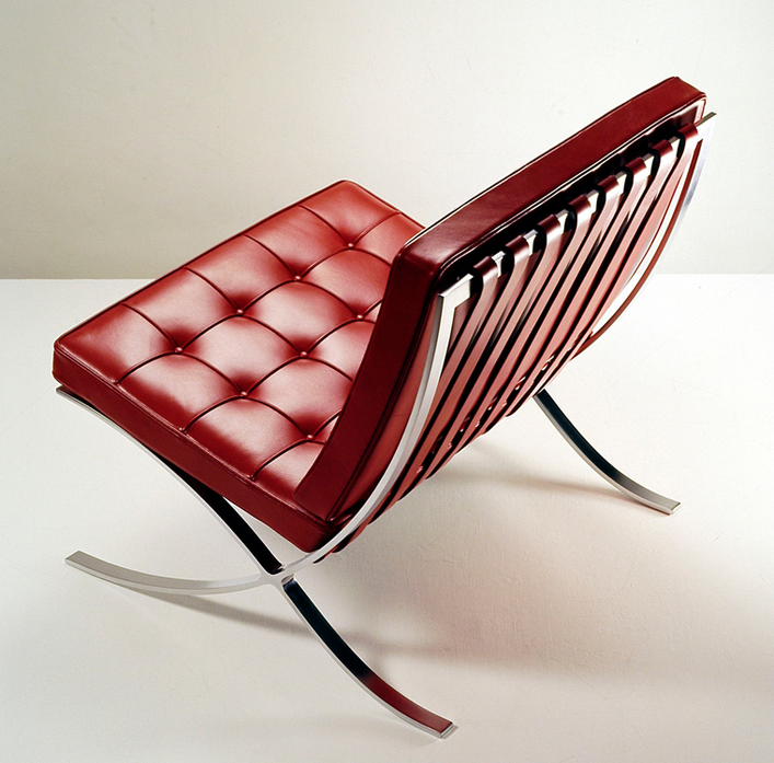 Ludwig Mies van der Rohe's Barcelona Chair and S-copie-1
