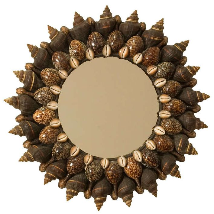 Contemporary_Shell_Mirror_by_Thomas_Boog_Maison_Gerard_NYC_.jpg