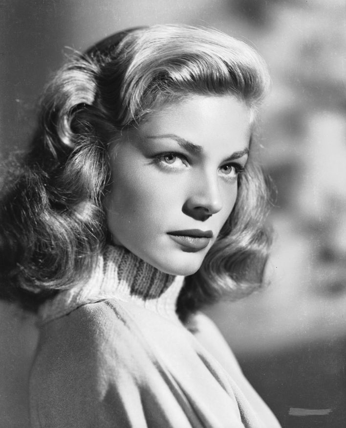 Lauren-Bacall--of-course--1940s.jpg