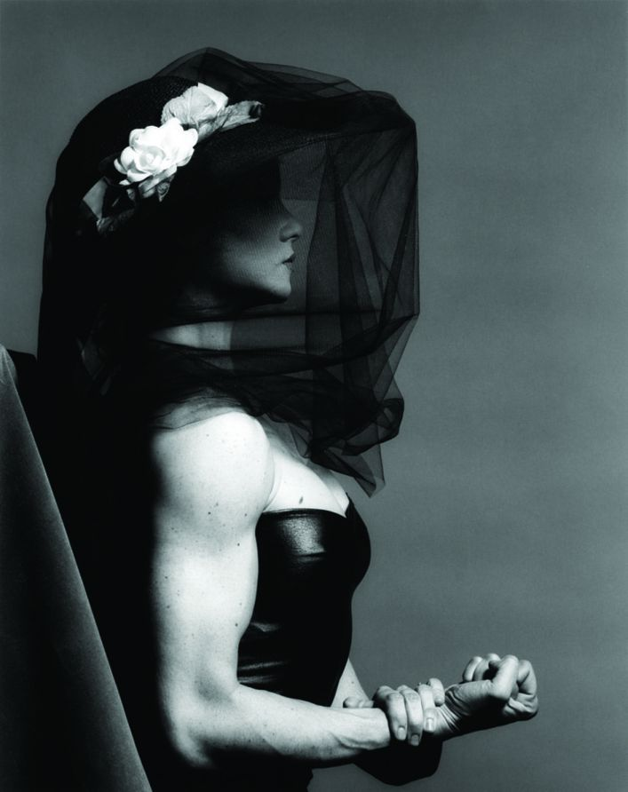 Robert-MAPPLETHORPE-.Lisa-LYON-01.jpg