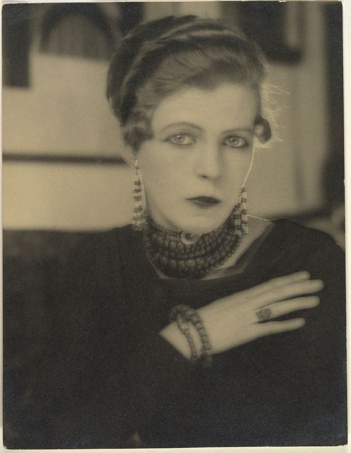 Nancy-Cunard--1925--photo-by-Man-Ray.jpg