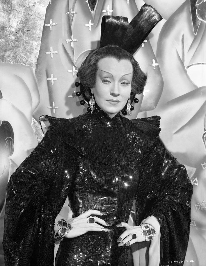 Ona Munson in The Shanghai Gesture (1941, United Artists)