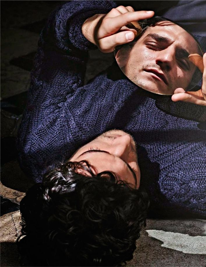 Louis-GARREL-.par-Mario-SORRENTI-.VOGUE-Hommes-Paris.2.jpg