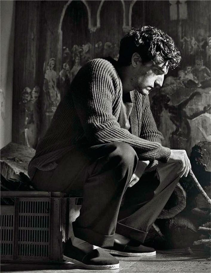 Louis-GARREL-.par-Mario-SORRENTI-.VOGUE-Hommes-Paris.6.jpg