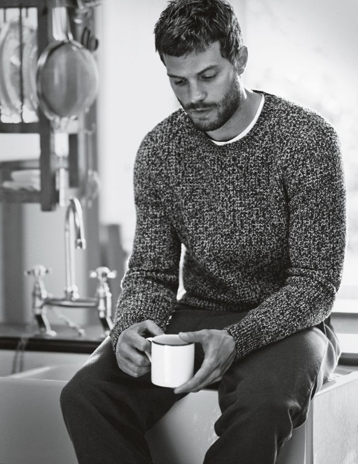 Jamie-Dornan-by-Boo-George-for-Vogue-UK-November-2014-2.jpg