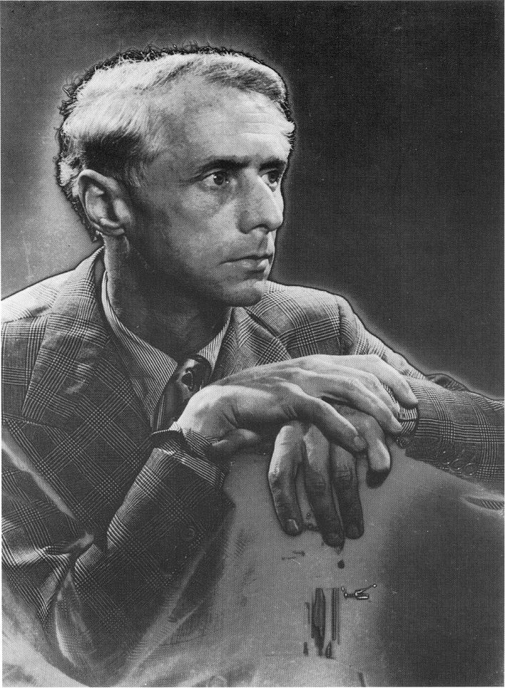 Max-Ernst-par-Man-Ray--1935.jpg