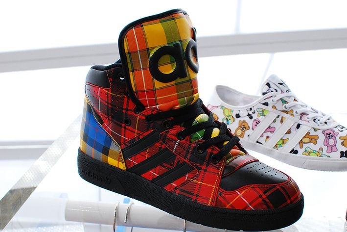 Jeremy-Scott-x-adidas-Forum-Plaid-02.jpg