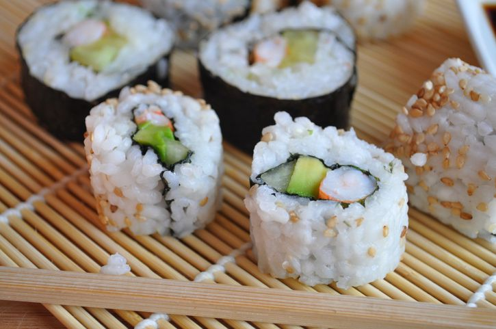 makis california rolls