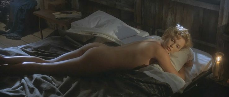 Charlize Theron dans The Cider House Rules