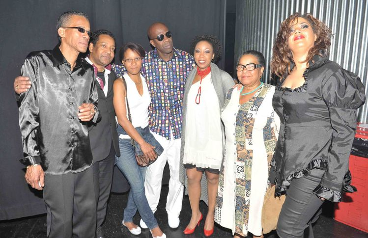 Eric-Guilou-Luc--Sonia-Joby-Catherine-photo-A--Jocksan.jpg