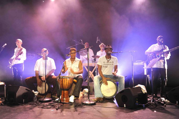 Avan-van-les-musiciens-photo-A--Jocksan.jpg