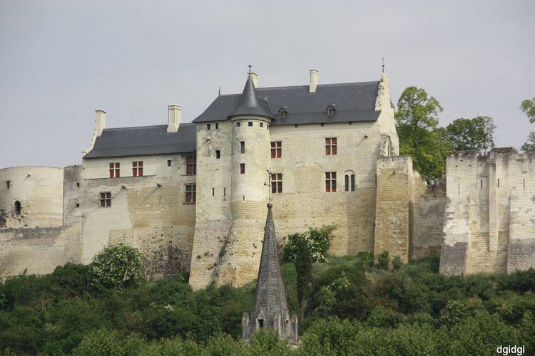 Saumur 059-border