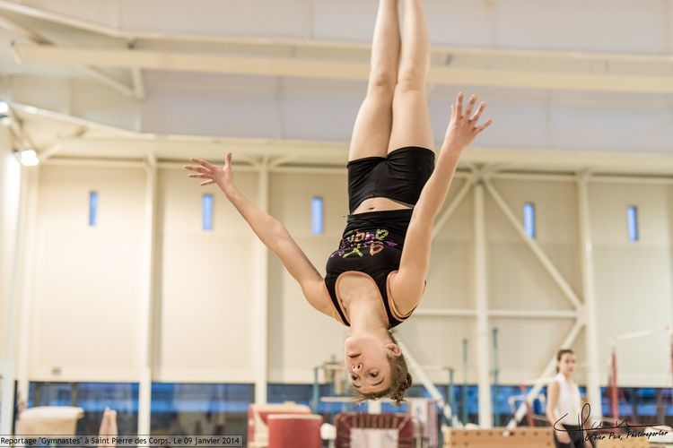 Reportage gymnastes ayant pour theme la gymnastique par Olivier Pain reporter photographe a tours