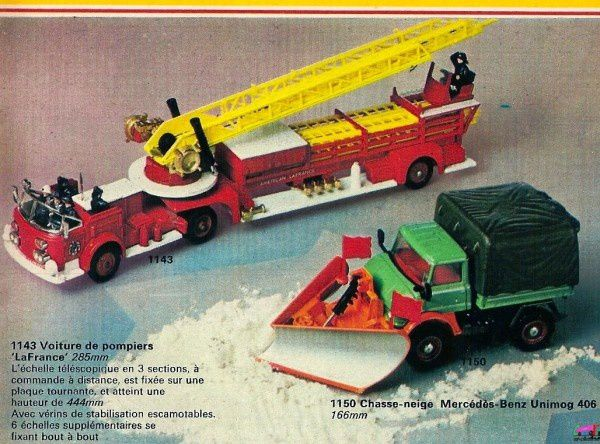 catalogue-corgi-73-p24-voiture-pompiers-la-france