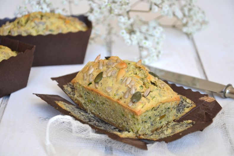 Cake-courgette-graines2.JPG