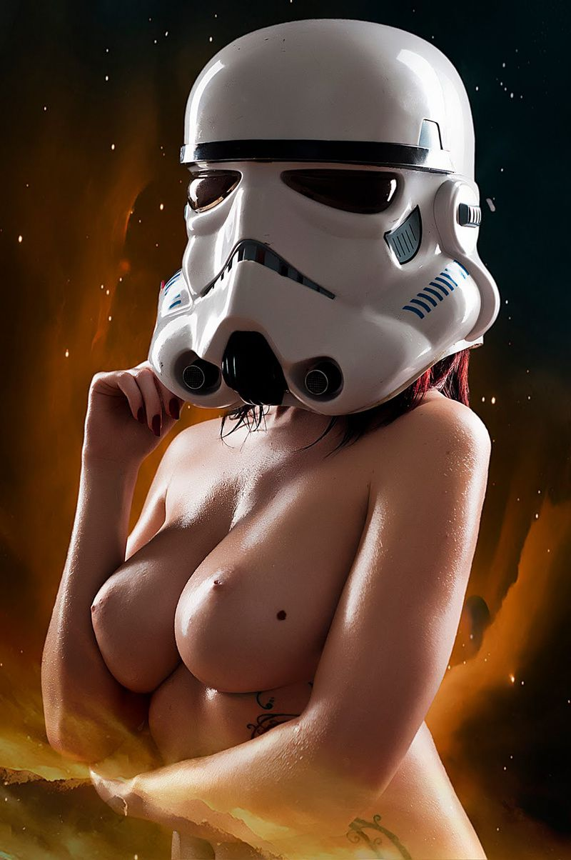 Star-Wars-Naked-Awesomeness-2.jpeg