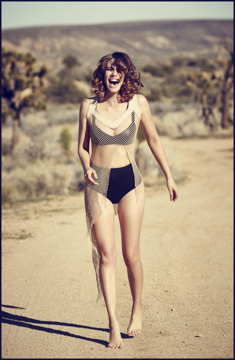 Lauren-cohan-pin-up-guerriere-Imagista-hot-sexy.jpg