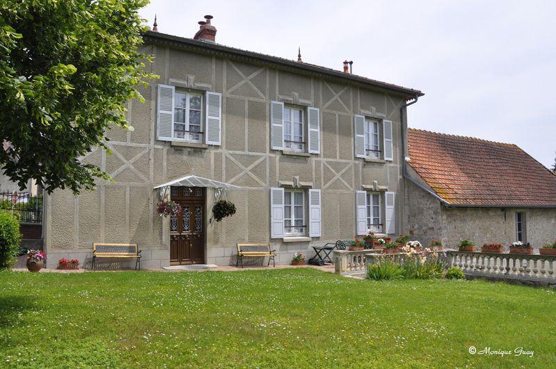 façade nom 9256