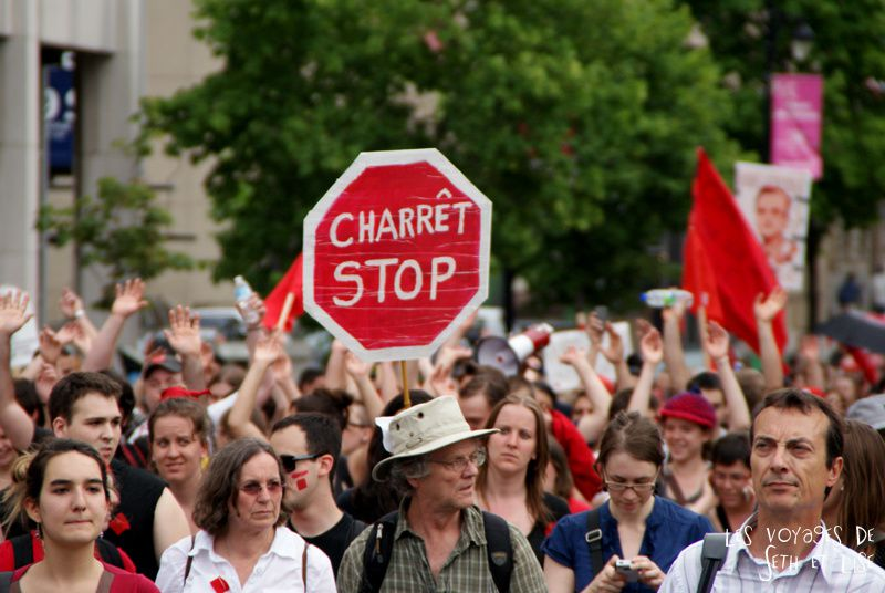 manif 22 mai montreal printemps erable revolution loi78 student protest charest education riot crowd foule