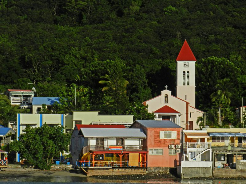 Guadeloupe Deshaies Eglise frontdeMer11 copie