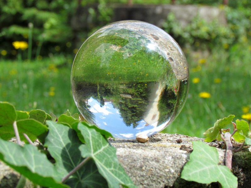 Boule De Cristal Avenir : boule de cristal artefacts ~ Ideatenda.info Idées de Décoration