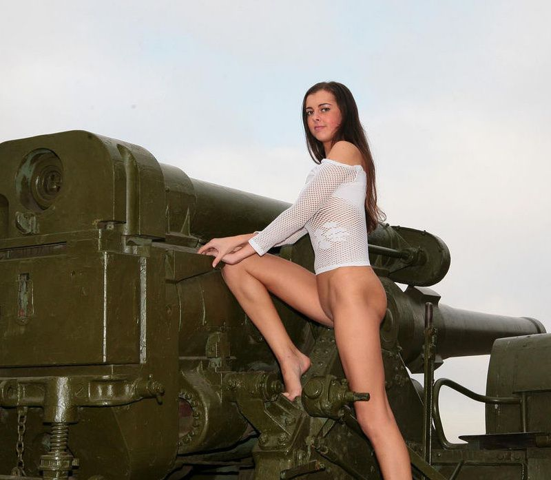 Very-hot-brunette-posing-outdoors-in-war-museum-3.jpg