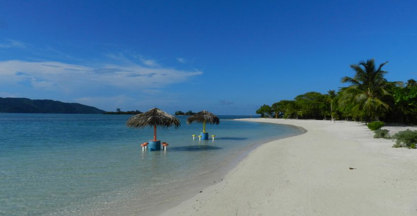 Honduras Guanaja Josh'sCay Beach12 copie