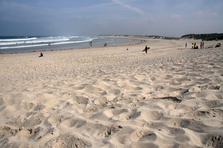 surf-sur-la-plage-de-la-torche (2)