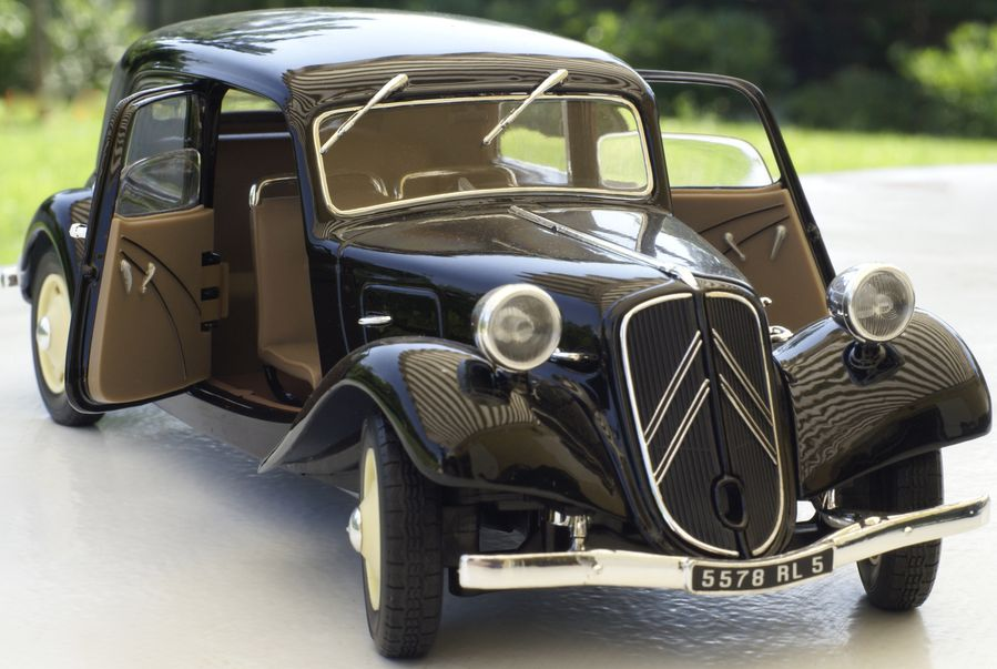 citroen traction 11 bl 1939 le blog de. Black Bedroom Furniture Sets. Home Design Ideas