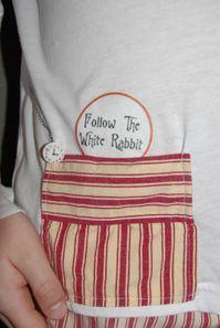 Pyjama follow the white rabbit (1)