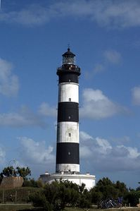 399px-Chassiron - Phare (1)[1]