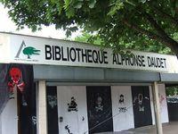 bibliothequedaudet.JPG