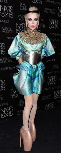 1-marc-jacobs-daphne-guinness-host-the-launch-of-nars-15x15.jpg
