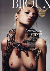 84487 anja rubik 2010 02 vogue fr ph claudia knoepfel and s