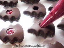 Comment garnir des moulages de chocolat (2)